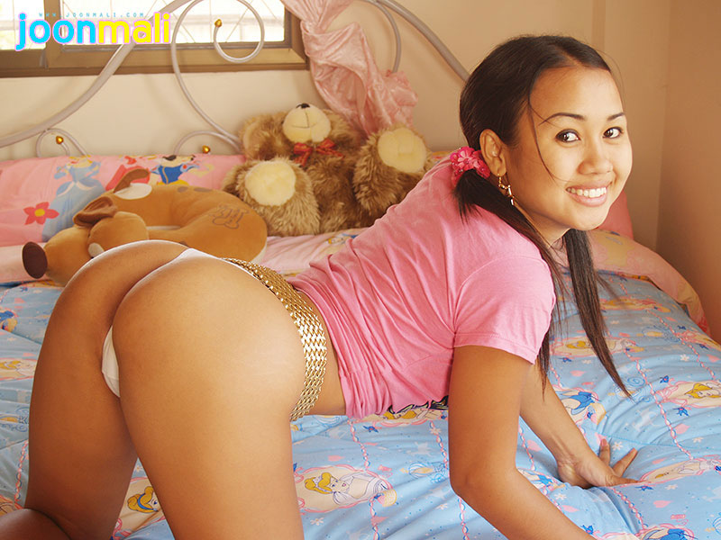 mali joon Asian teen
